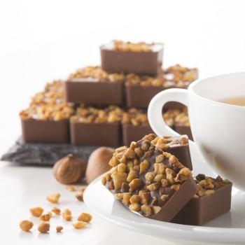 Carrés de Chocolat au Lait et aux Noisettes - 100 g